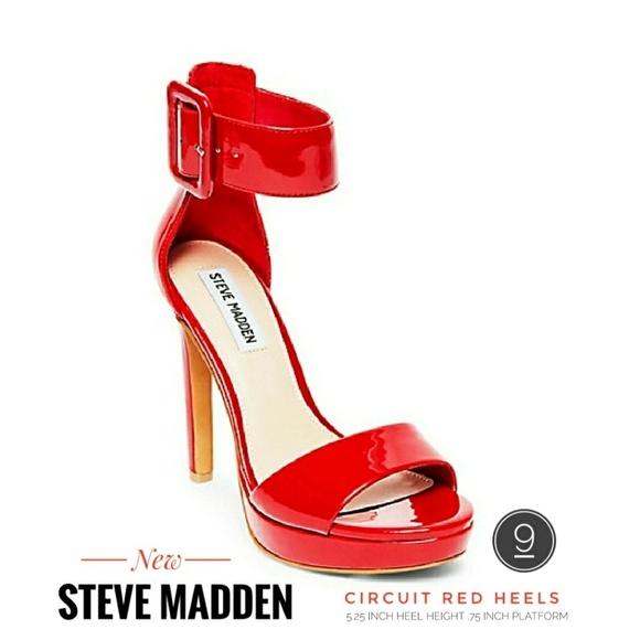 fbb42f7a010 (NEW) Sexy Steve Madden Circuit Sandal